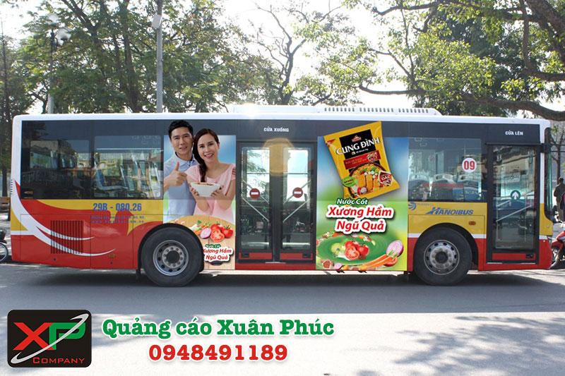 Quảng cáo trên xe buýt và nhà chờ xe buýt trọn gói